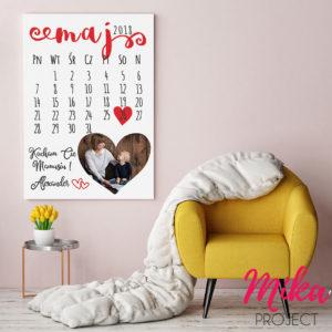 Prezent na dzień mamy obrazek z napisami kartka z kalendarza ze zdjęciem