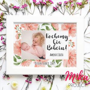 prezent dla babci ze zdjęciem wnuczek i napisem mika project